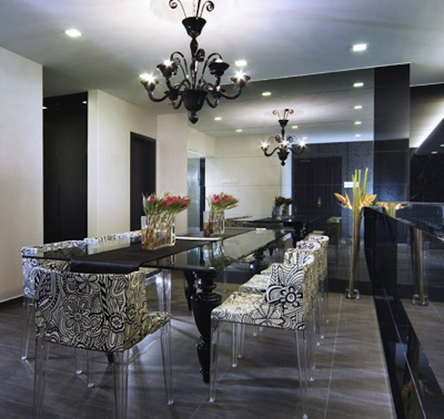Dramatic Dining Room Design: ECLECTIC LIVING HOME