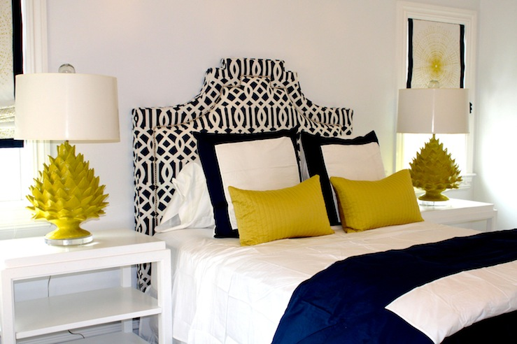Color scheme yellow and navy blue eclectic living home - Chambre bleu et jaune ...