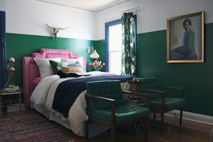 Color scheme emerald green and sapphire blue eclectic for Pink green bedroom designs